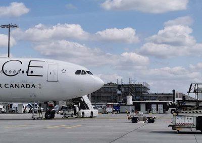 Frankfurt Flughafen Materialtransport